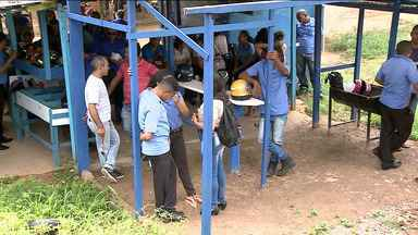 Funcionários da empresa São Benedito fazem paralização em São Luís - Em protesto por causa de atraso salarial, cerca de 10 bairros de São Luís ficaram prejudicados com a falta de ônibus.