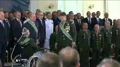 General Edson Leal Pujol assume o comando do Exército - Vários ministro e civis estiveram presentes na posse. Entre eles, Sérgio Moro, ministro da Justiça e Segurança Pública, e o presidente do STF, Dias Toffoli.
