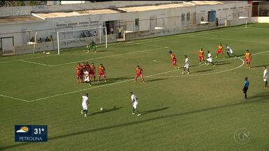 Salgueiro vence Juazeirense em amistoso no Cornélio de Barros - O Carcará já começa o ano com o pé direito.