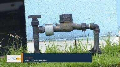 Condição da água: Moradores aguardam laudo da CAERD - Condição da água: Moradores aguardam laudo da CAERD.