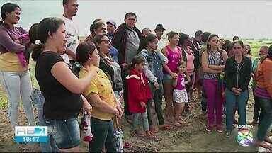 Famílias começam a receber chaves de casa própria em Jurema - Famílias esperaram mais de cinco anos