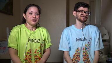 À espera de transplante, casal vive verdadeira história de amor - Assista ao vídeo.