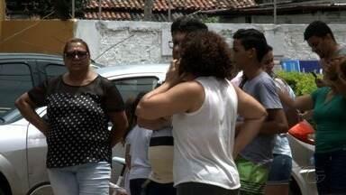 Confusão entre moradores de um condomínio no Tabuleiro do Martins vira caso de polícia - Moradores se queixam que síndico mandou cortar todas as árvores do condomínio para abrir mais vagas de garagem e que o corte não foi decidido em assembleia.