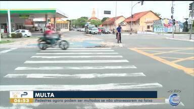 Pedestres agora podem ser multados se não atravessarem na faixa - Pedestres agora podem ser multados se não atravessarem na faixa