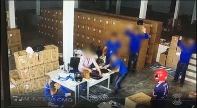 Homem é preso suspeito de roubo em estoque de provedor de internet, em Campina Grande - Suspeito morava no mesmo bairro onde crime ocorreu e foi preso em casa pela Polícia Militar.