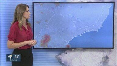 Confira a previsão do tempo para esta sexta-feira (18) na região de Ribeirão Preto - São esperadas pancadas de chuva acompanhadas de ventania.