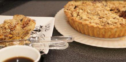 Receita de torta de farofa de banana da terra - Quem ensina é a empresária Sara Viana