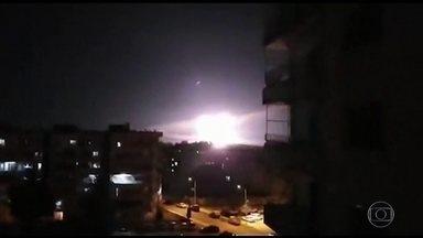 Israel ataca alvos do Irã na Síria - Governo israelense diz que foi resposta a ataque de mísseis do Irã contra posições de Israel nas colinas de Golã.