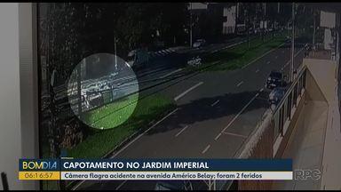 Câmera flagra acidente entre dois carros em Maringá - Em Paranavaí, um motorista alcoolizado atropelou 3 pessoas e fugiu sem prestar socorro.