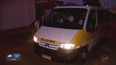Procon orienta sobre os cuidados na hora de contratar uma van de transporte escolar - Procon orienta sobre os cuidados na hora de contratar uma van de transporte escolar