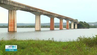 Ponte em Porto Nacional é parcialmente interditada para vistoria - Ponte em Porto Nacional é parcialmente interditada para vistoria