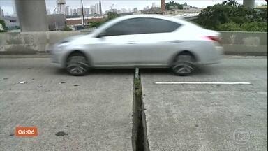 Prefeitura de São Paulo faz vistoria em centenas de pontes e viadutos - Ainda é uma análise inicial, que precisa de laudos que vão indicar a real situação das estruturas.