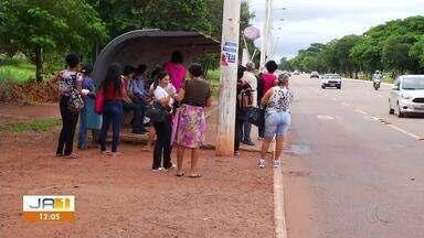 Passageiros saíram correndo atrás de ladrões durante assalto em estação de ônibus - Passageiros saíram correndo atrás de ladrões durante assalto em estação de ônibus