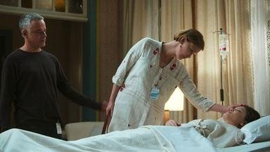 Dalton, Ana e Flávio levam Cris a um hospital psiquiátrico - O médico afirma que ela passará por exames laboratoriais e neurológicos
