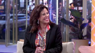 Narcisa E Ex Viado - Ferdinando recebe dois convidados: o humorista Paulinho Serra encarnando o personagem Ex-Viado, conhecido no teatro, e a socialite Narcisa Tamborindeguy.