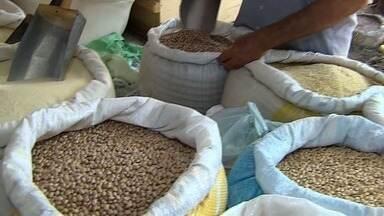 Feijão é um vilão nas feiras de Sergipe - Nutricionista ajuda a encontrar substitutos para o grão.