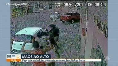 Flagrante: bandidos tomam carro de assalto na Avenida Djalma Dutra - Crime foi registrado por câmeras de segurança, no começo da manhã deste sábado (9).