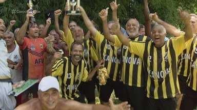 Final do Sessentão evidencia paixão de veteranos pelo futebol de várzea - A decisão da categoria do Campeonato Santista de Futebol Amador foi realizada no campo do Juventude, no Morro da Nova Cintra, em Santos.