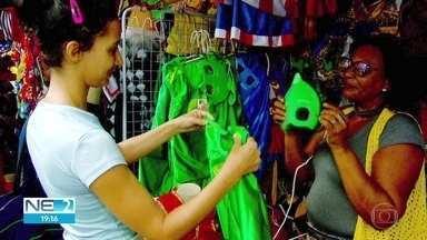 Comerciantes comemoram vendas para o carnaval - Segundo lojistas, movimento está melhor do que para a folia de 2018