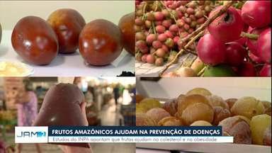 Pesquisadores do AM recebem prêmio por estudo sobre potencial dos frutos amazônicos - Segundo eles, o cubiu, o camu, açaí e pupunha podem prevenir doenças como diabetes, obesidade e colesterol alto.