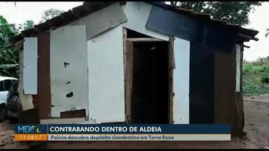Polícia descobre depósito de contrabando em aldeia de Terra Roxa - Dentro do depósito foram encontrados cigarros, eletrônicos, pneus e essência de narguilé.