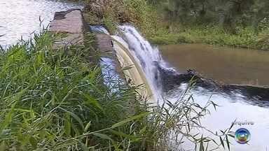 Arsesp libera construção de barragem no rio Pardo em Botucatu - A Agência Reguladora de Saneamento e Energia do Estado (Arsesp) liberou a construção de uma barragem no rio Pardo em Botucatu (SP). Um aditamento do contrato entre a Sabesp e a prefeitura de Botucatu foi assinado nesta terça-feira (12) incluindo no cronograma de obras da Sabesp a construção da barragem.