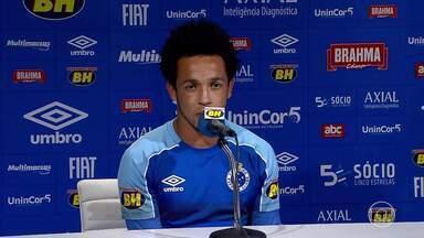 Rafinha repete bom início de temporada no Cruzeiro e ganha destaque no time de Mano - Atacante marcou dois gols e deu uma assistência em quatro partidas pela Raposa