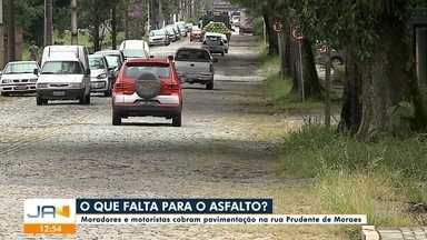 Prefeitura ainda não tem data para asfaltar uma das principais ruas de Joinville - Prefeitura ainda não tem data para asfaltar uma das principais ruas de Joinville