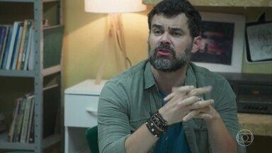 Rafael é hostil com Solange - Solange acaba indo embora da ONG sem conseguir conversar com Rafael