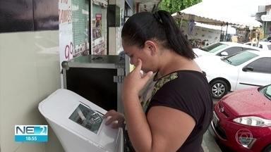 Urna de votação nos homenageados do carnaval de Olinda passa pelo bairro de Ouro Preto - Há dez candidatos.