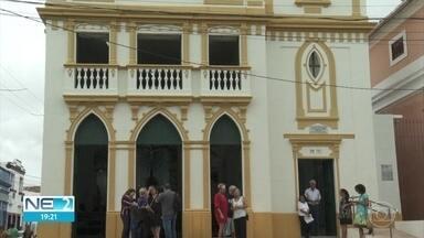 Igreja do Bonfim reabre as portas ao público, em Olinda - Templo ficou fechado durante seis anos por causa de problemas estruturais