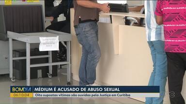 Oito testemunhas foram ouvidas em audiência do caso de médium acusado de abuso sexual - Relembre o caso na reportagem.