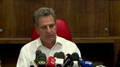 Após 17 dias, presidente do Flamengo dá entrevista coletiva sobre incêndio no CT do clube - Após 17 dias, presidente do Flamengo dá entrevista coletiva sobre incêndio no CT do clube