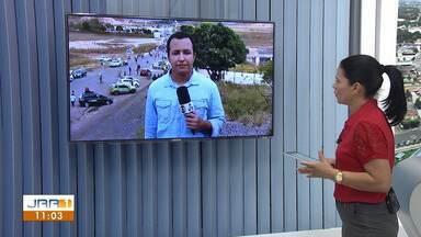 Fronteira da Venezuela com o Brasil é fechada por ordem de Nicolás Maduro - Militares venezuelanos impedem a passagem de veículos e pedestres pela fronteira.