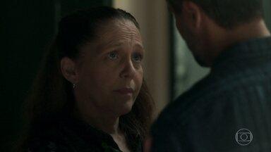 Judith aconselha a explicar para Luz que não aconteceu nada entre ele e Laura - Murilo pensa em Valentina. Luz conta para Sóstenes que Laura dormiu com Gabriel