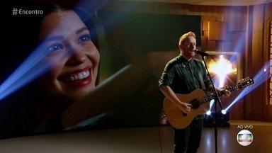 Gavin James canta 'Always' - Música faz parte da trilha sonora da novela 'Espelho da Vida'