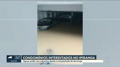 Vida está longe de voltar ao normal nas áreas alagadas - Moradores do Ipiranga e do ABC ainda tentam resolver os problemas causados pela enchente de domingo