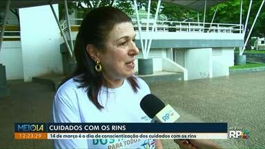 Ação em Umuarama oferece informações sobre as doenças renais - Uma especialista tira dúvidas e o que causa doenças renais.