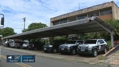 Quadrilha de Iracemápolis é detida após roubar caminhão carregado com combustível - Veículo foi encontrado na Rodovia Anhanguera, em Araras (SP). Carga foi recuperada.