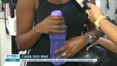 Água, atividade física, controle da pressão previnem problemas renais - Cuidados com os rins são essenciais.