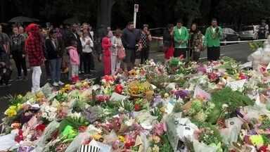 Domingo foi de homenagens aos 50 mortos do massacre de Christchurch - Cidade da Nova Zelândia, que foi cenário de um dia de terror nesta sexta-feira (15), se uniu para pedir paz e diálogo.