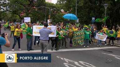Grupo se reúne em Porto Alegre para apoiar a Operação Lava-Jato - Assista ao vídeo.