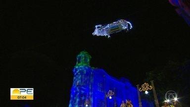 Praça do Marco Zero recebe espetáculo 'O Boi Voador' - Encenação remete à acontecimento do domínio holandês em terras recifenses