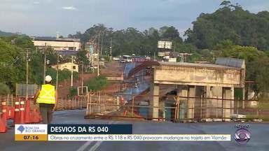 Obras no cruzamento entre a RS-118 e RS-040 causam desvios - Assista ao vídeo.