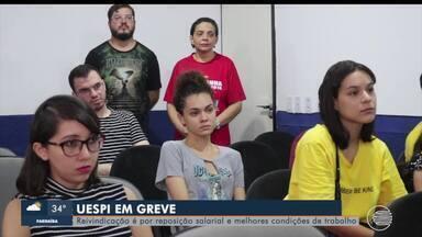 No litoral e no Sul do estado servidores da UESPI entram de greve e realizam atos públicos - No litoral e no Sul do estado servidores e estudantes da UESPI realizam atos públicos