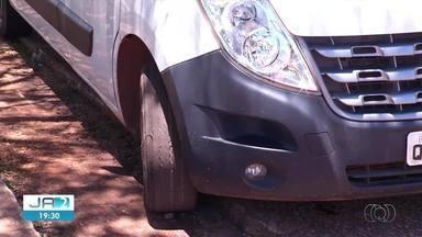 Ambulância com pneus carecas é utilizada em hospitais públicos do Tocantins - Ambulância com pneus carecas é utilizada em hospitais públicos do Tocantins