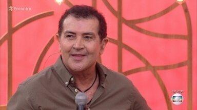 Beto Barbosa terminou tratamento contra o câncer de bexiga - Cantor participa do papo com Fátima Bernardes sobre o significado da família
