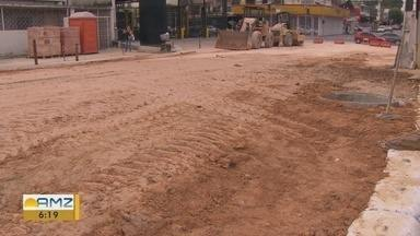 Em Manaus, moradores reclamam de prejuízos causados por obra em rede de drenagem - Comerciantes relatam prejuízo nas vendas.