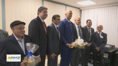 Embaixador de Israel no Brasil recebe homenagem na Aleam - Embaixador disse que está sendo avaliada a possibilidade de fazer investimentos em tecnologia de energia renovável.