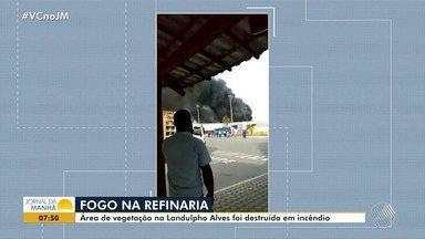 Incêndio destrói área de vegetação na Landulpho Alves, em São Francisco do Conde - Incêndio aconteceu na quarta-feira (20).